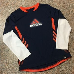 Adidas navy red white logo active T sz 5 EUC